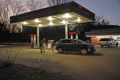 Man shot to death at Clarksville gas station
