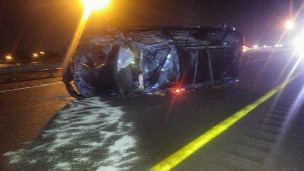 Elizabethtown man hurt in icy Parkway crash