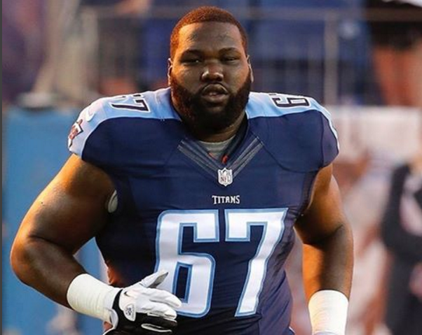 Titans sign offensive lineman Spain