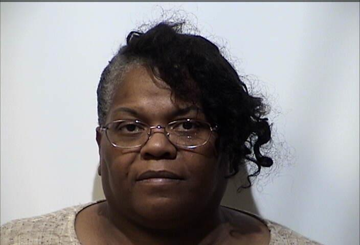 Hopkinsville woman charged with felony theft