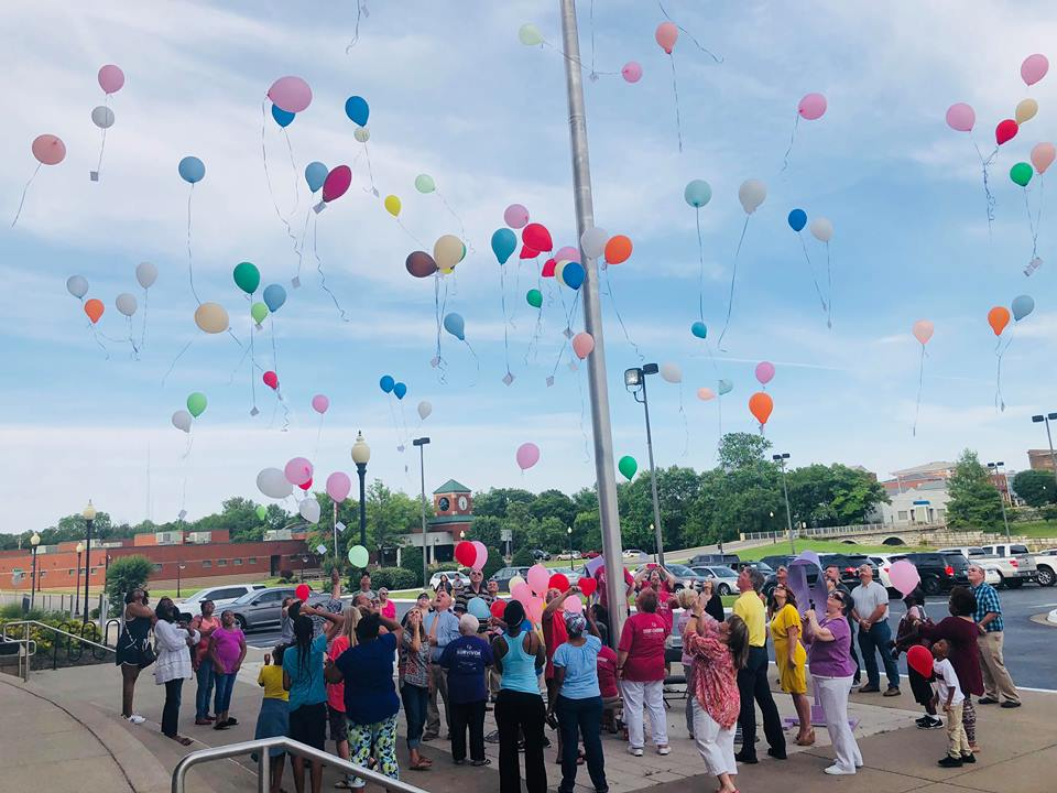 Balloons released in memory of those lost to cancer