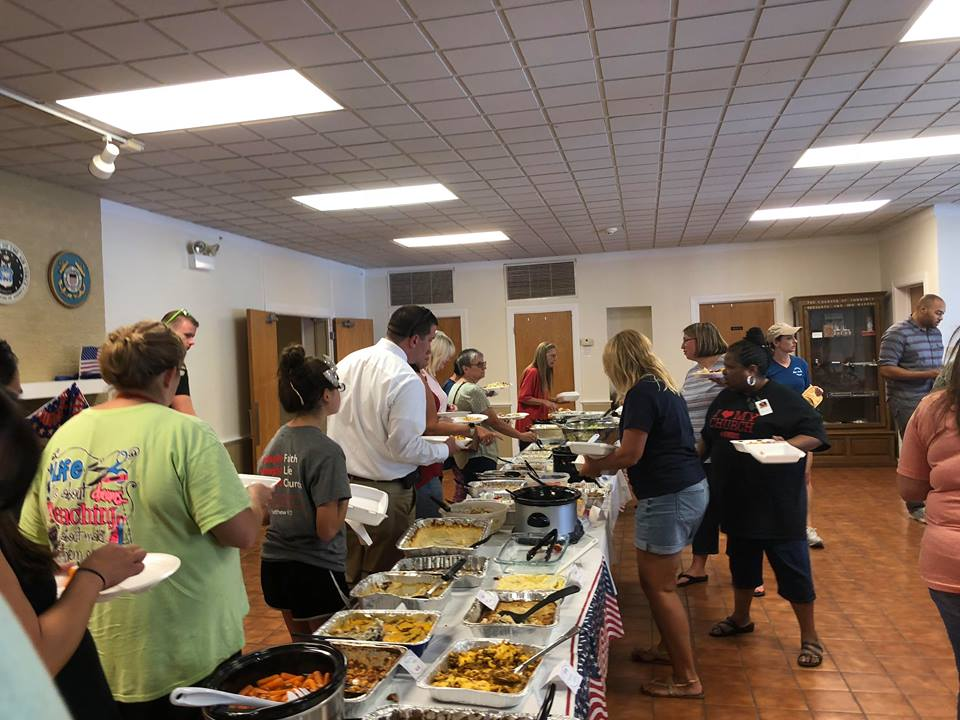 Taster's Luncheon brings in large crowds