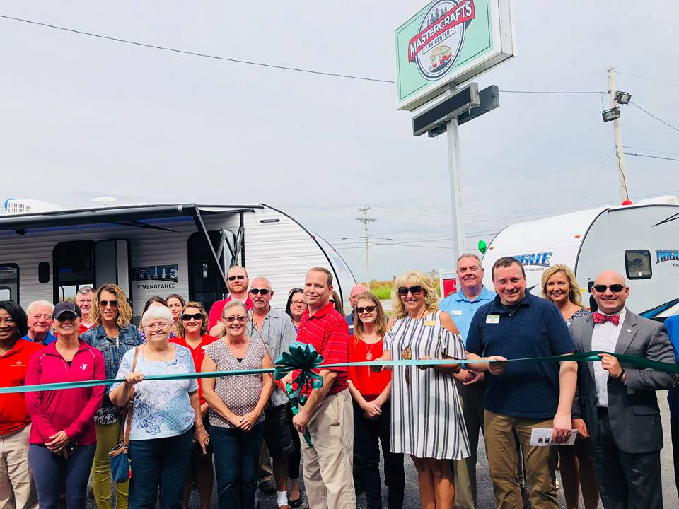 Ribbon cut for MasterCraft RV Center