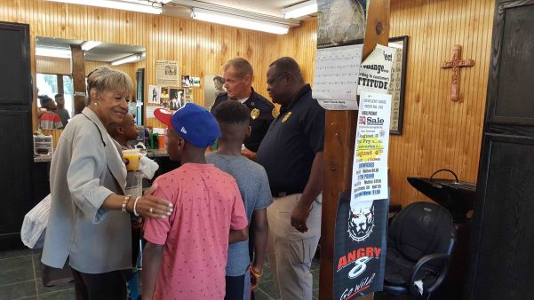 Clarksville PD meets with citizens in barber shop