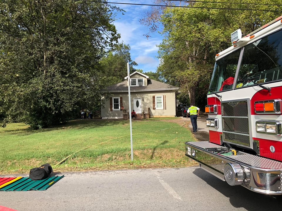No one hurt in Country Club Lane fire