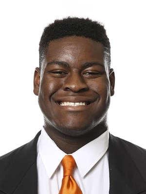 UT offensive lineman Smith out indefinitely
