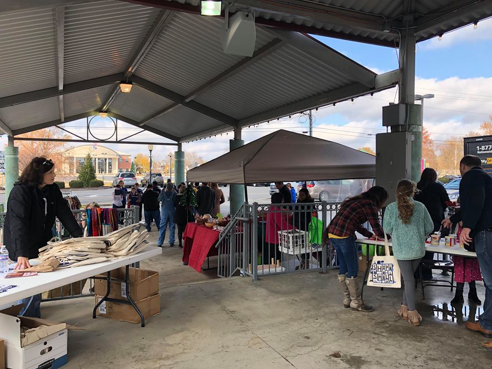 Shop Small Saturday brings in good turnout