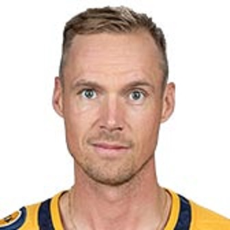 Preds defeat Blues/Rinne sets NHL record