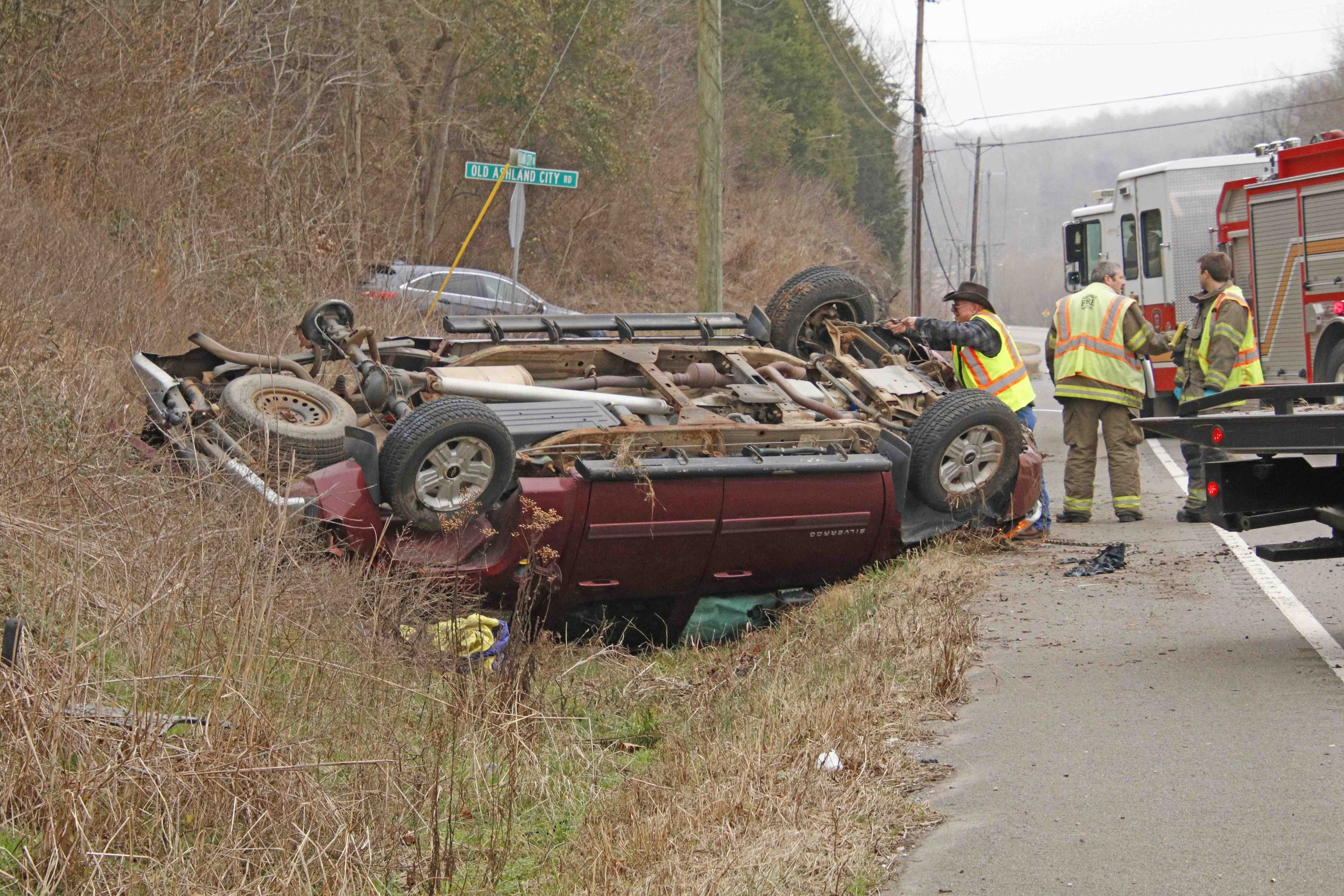 Two hurt in Ashland City Road collision