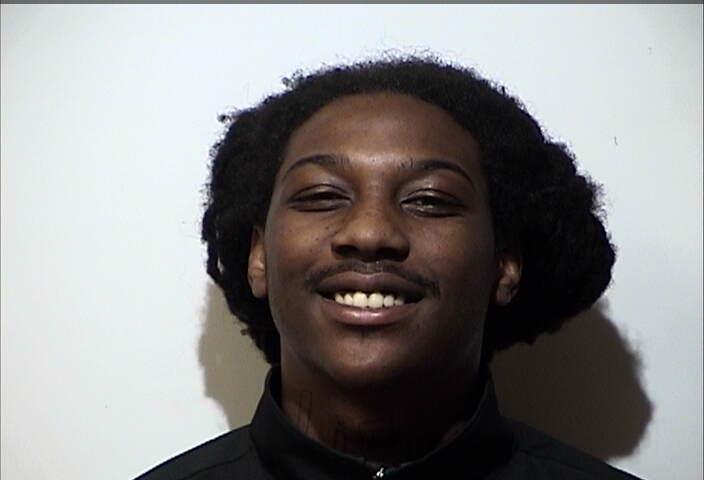 Man arrested on gun, drug charges