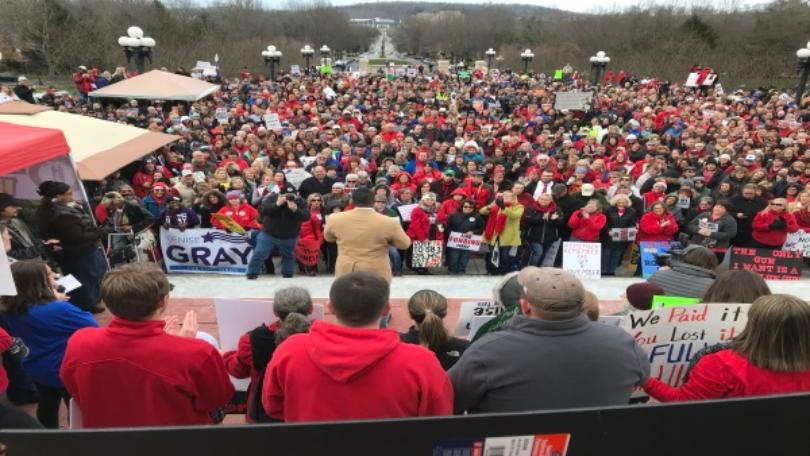 Ky School Teachers Rally in Frankfort