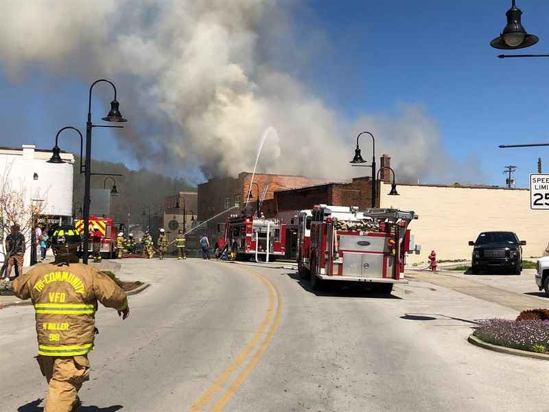 Lee Co Apartment Building Badly Damaged in Fire