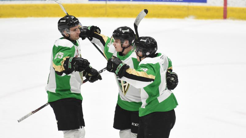 Raiders' hot power play comes up huge in Brandon; four game winning streak
