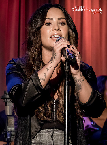 Demi Lovato's new man is supporting her through sobriety!