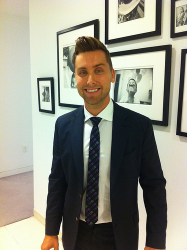 Lance Bass loses bids To buy 'The Brady Bunch' house