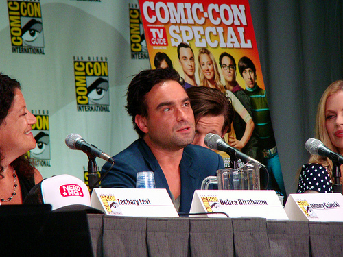 Johnny Galecki is returning to The Conners, and he's bringing Juliette Lewis