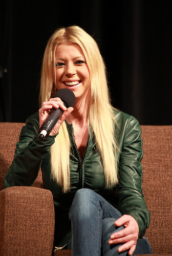 Tara Reid removed from a flight after freaking out!