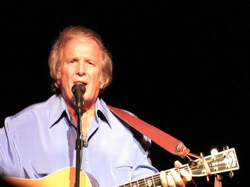 'American Pie' singer Don McLean, 73 & Girlfriend, 24, confirm romance