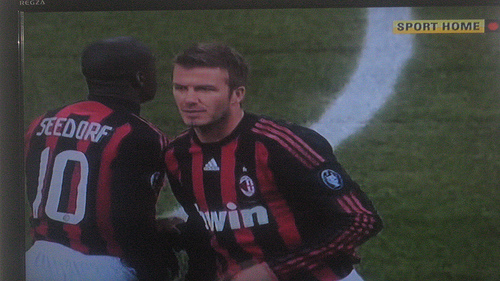 Fans are upset with David Beckham for kissing his daughter on the lips!