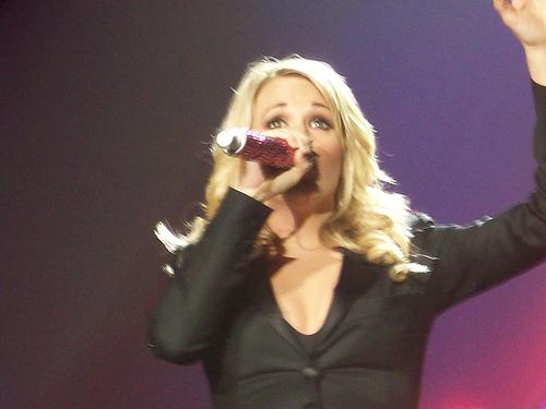 Carrie Underwood To Return