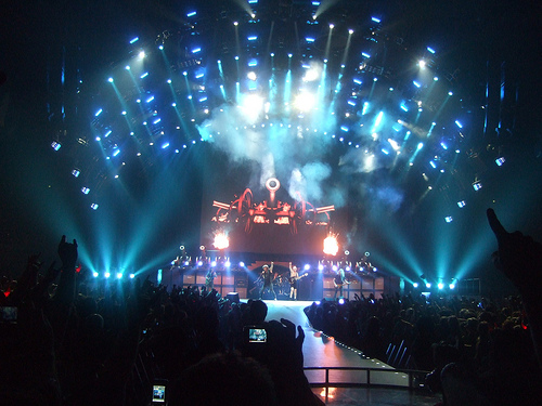 Rumors Of AC/DC Recording In Vancouver!