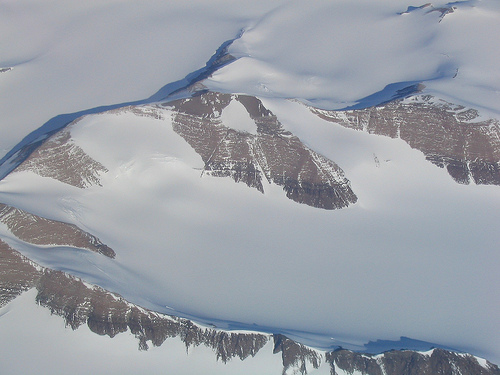 American Becomes First To Cross Antarctica Alone Without Assistance!