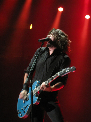 "The Story behind the Foo Fighters song ""Everlong"""