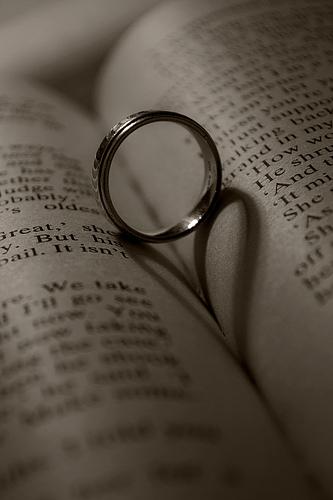 Bachelorette Bling: All the Details on the Engagement Ring Garrett Yrigoyen Gave Becca Kufrin.