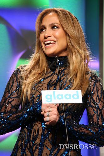 Jennifer Lopez's Mermaid Hair and More Stunning Beauty at the MTV VMAs 2018.