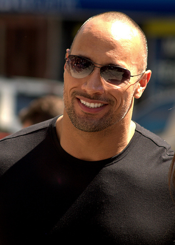 You Need to Watch This Video of Emily Blunt Heckling Dwayne Johnson at the Gym.
