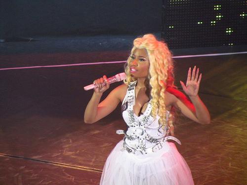 """Cardi B Says Feud With Nicki Minaj Was """"Bad For Business"""""""