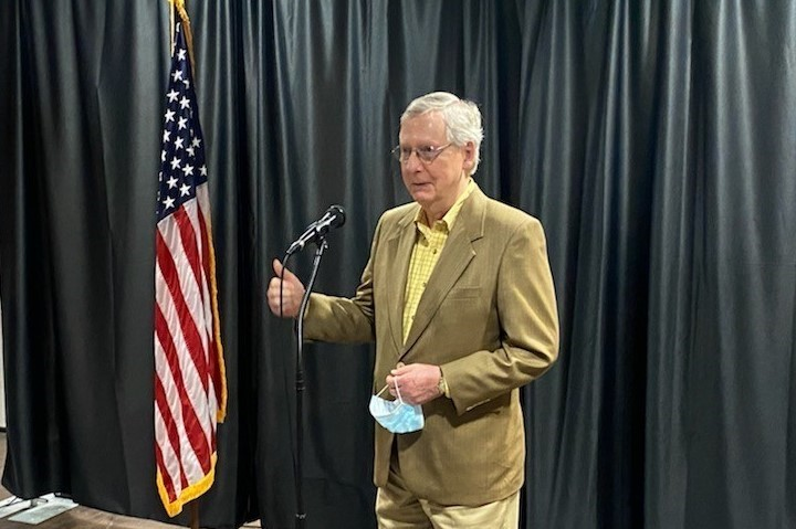 U S Senate Majority Leader Mitch Mcconnell Visits T J Regional Health Wain 93 5 Fm Today S Hot Country