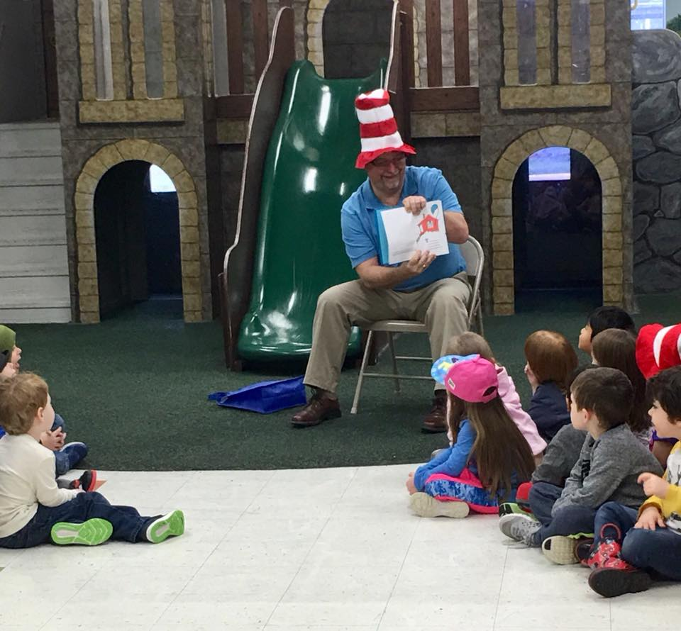 Dave Reads To Preschool Kids