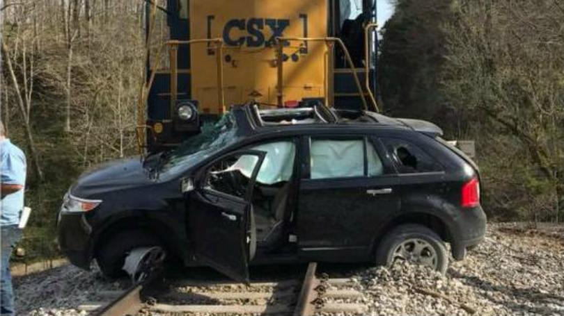 Car Hit By Train In Rockcastle County