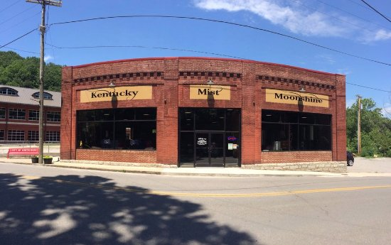 Letcher County's Kentucky Mist Distillery To Open a Location at Myrtle Beach