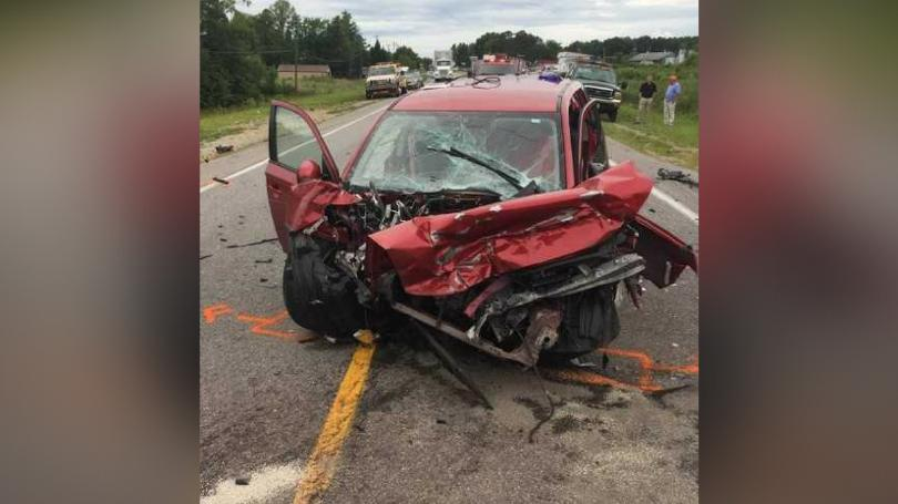 Laurel County crash on U.S. 25 kills one and injures three