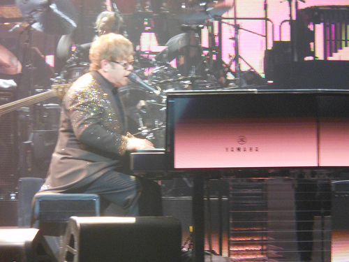 Elton Walks Off Stage...Again