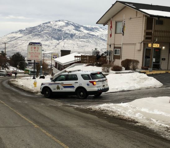 Man taken into custody in Kamloops hotel