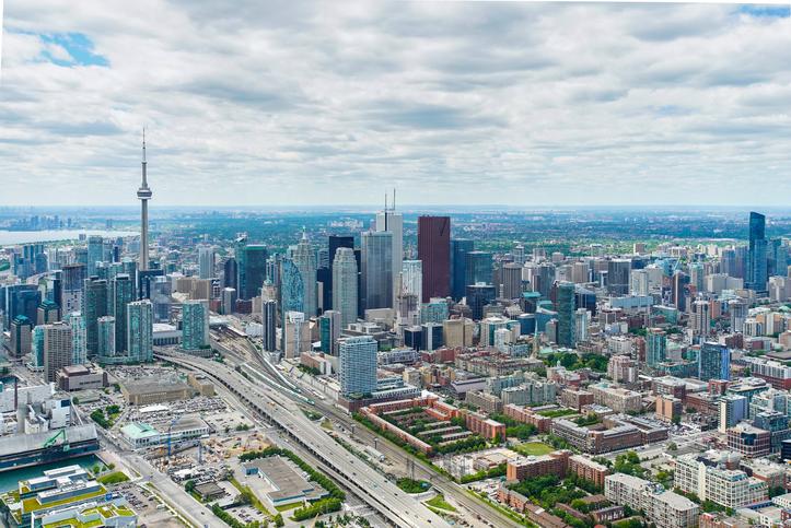 10 dead, 16 injured after van strikes pedestrians 'one after one' in north Toronto