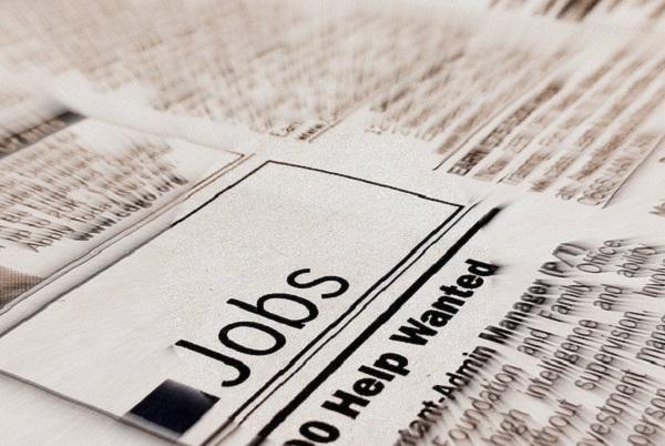 Economists downplay jobs data