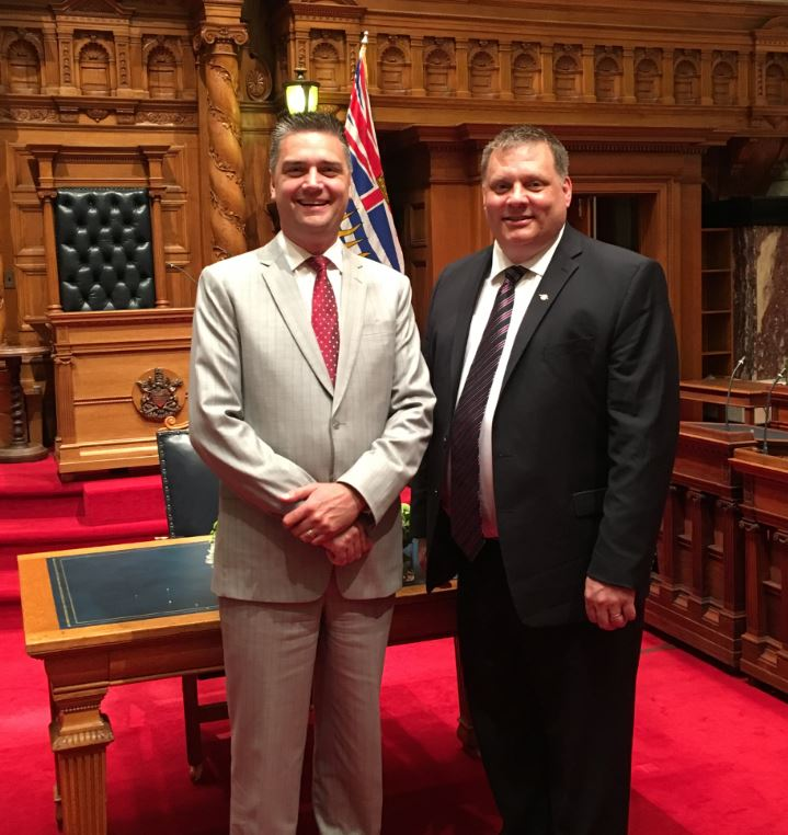 Two Kamloops MLAs take aim at the province for ride sharing delays