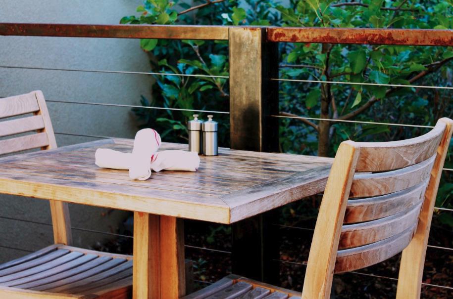 Poor air quality impacting patio season for restaurants in Kamloops