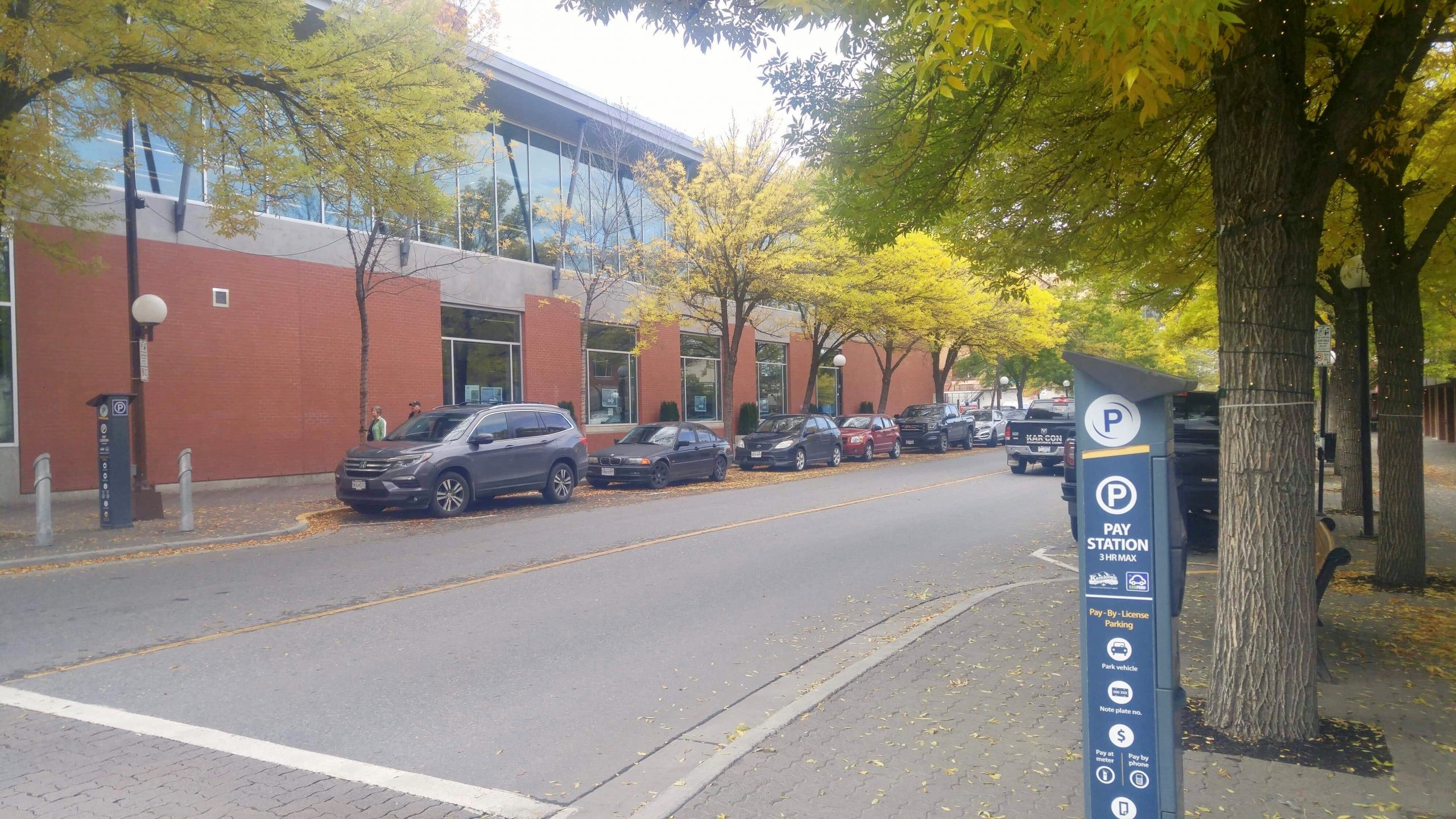 Kamloops taking action to determine if there is a downtown parking shortage