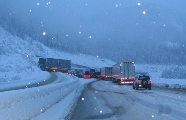 Commercial trucks banned from far left lane on part of Coquihalla