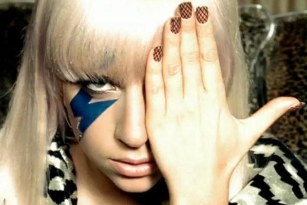 Gaga, Forbes, PearlJam #ShortBuzzz