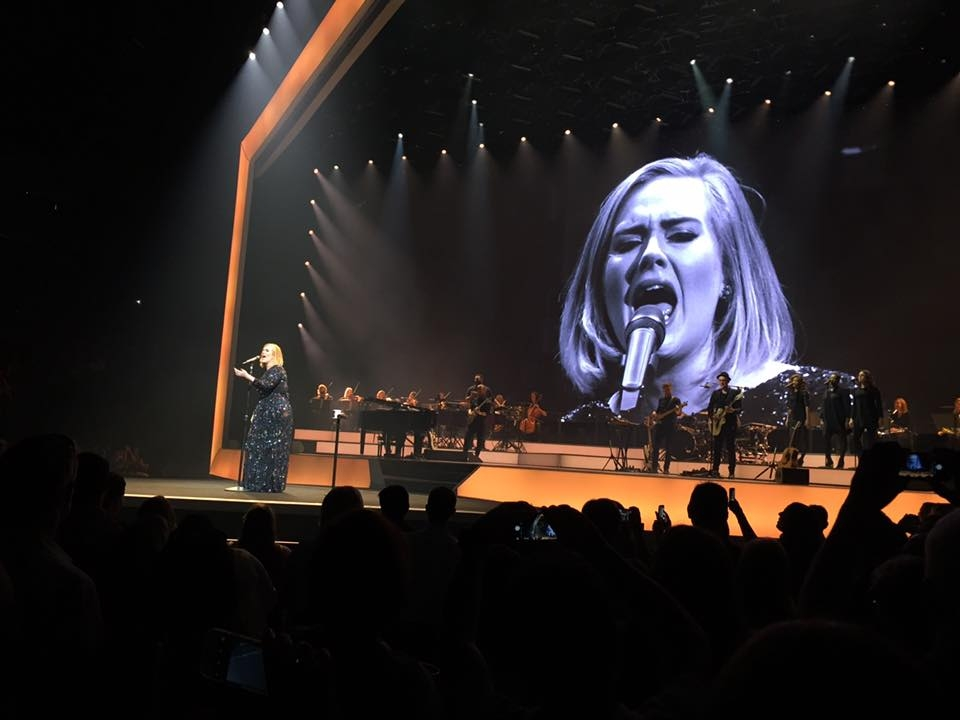 Adele, Miley, Teens #ShortBuzzz