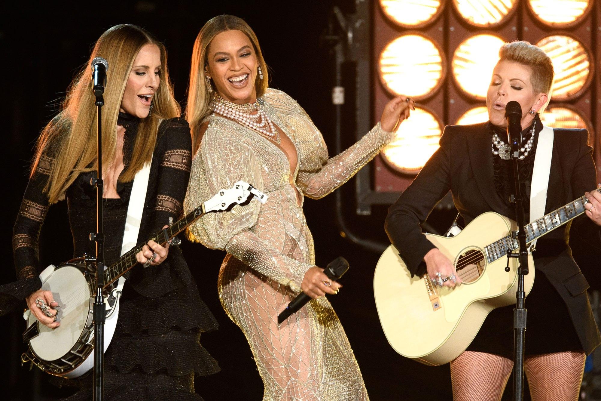 Beyonce, Dixies, AMAs #ShortBuzzz