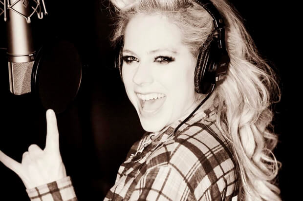 Avril, Camila, Ed #ShortBuzzz