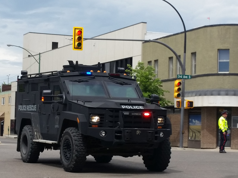 Police Say Peaceful Ending to Situation with Barricaded Man