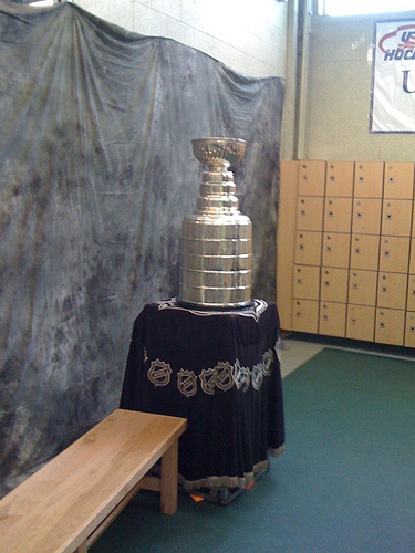 Lord Stanley Visits Broncos Bus Crash Survivors